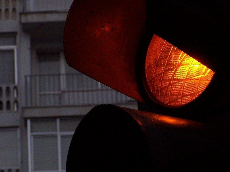 sygnalizator świetlny - światło czerwone