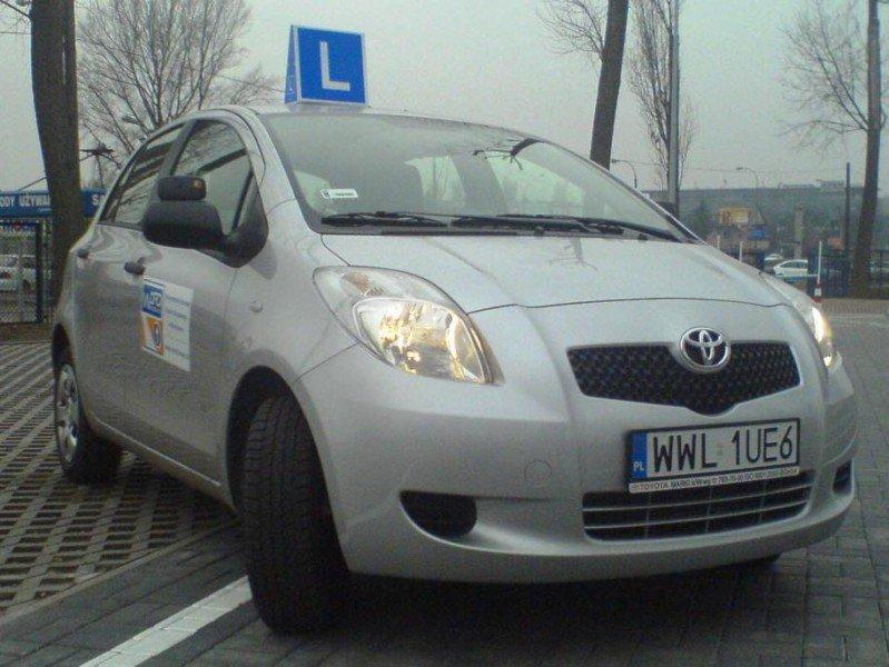 samochód szkoleniowy Toyota