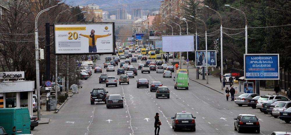 Gruzja, ruch drogowy