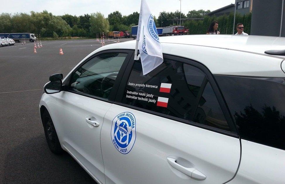 samochód szkoleniowy