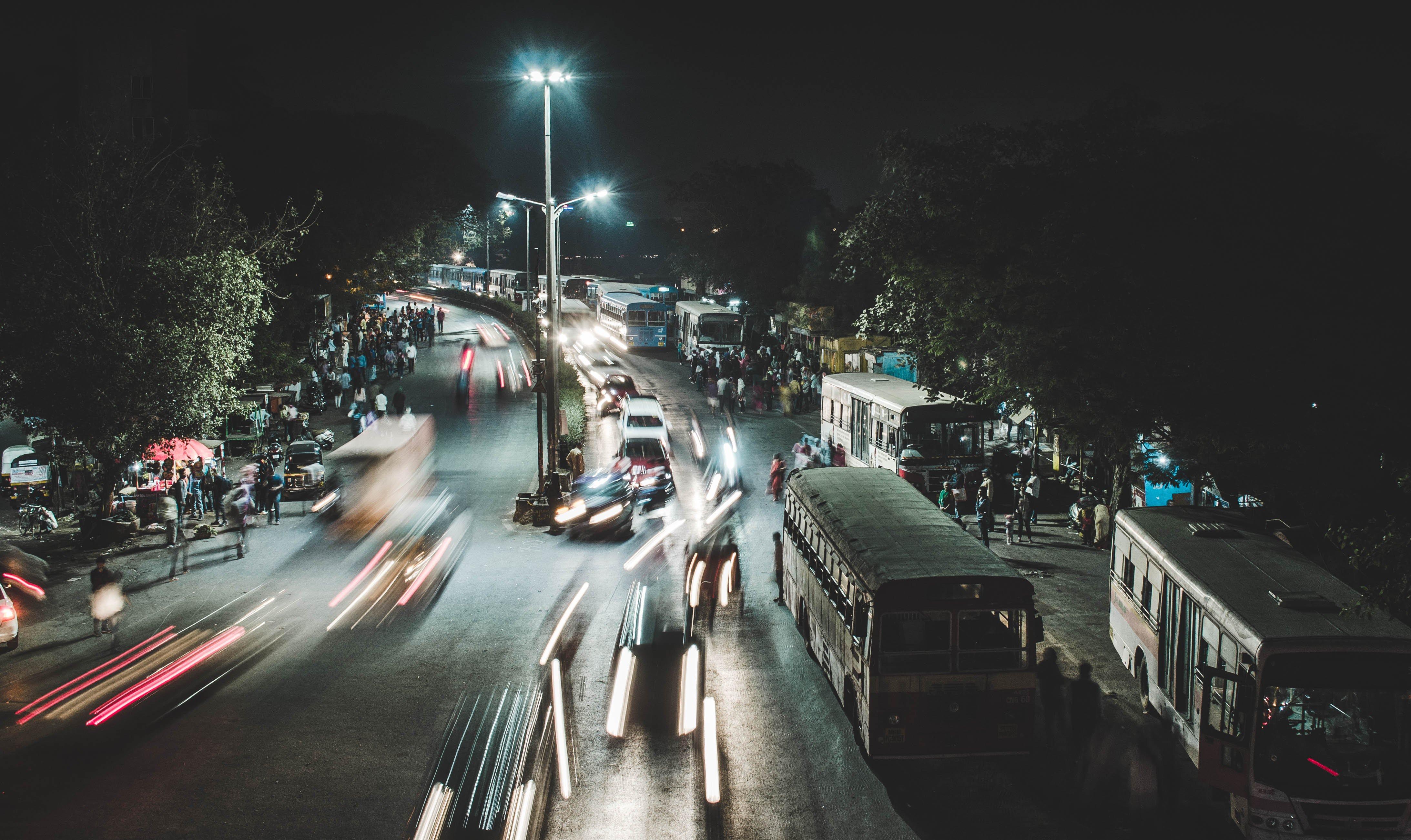"""Indie: prawo jazdy typu """"smart"""" (+wersja w języku angielskim)"""